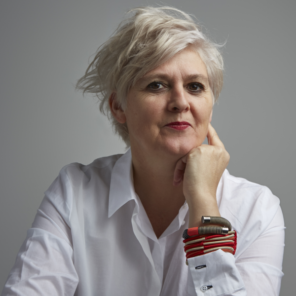 Caroline Bergvall photo by Christa Holka